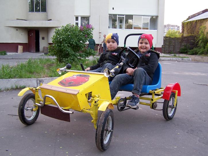 Как сделать детскую машину с педалями 699